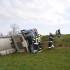 Betonmischwagen umgestürzt